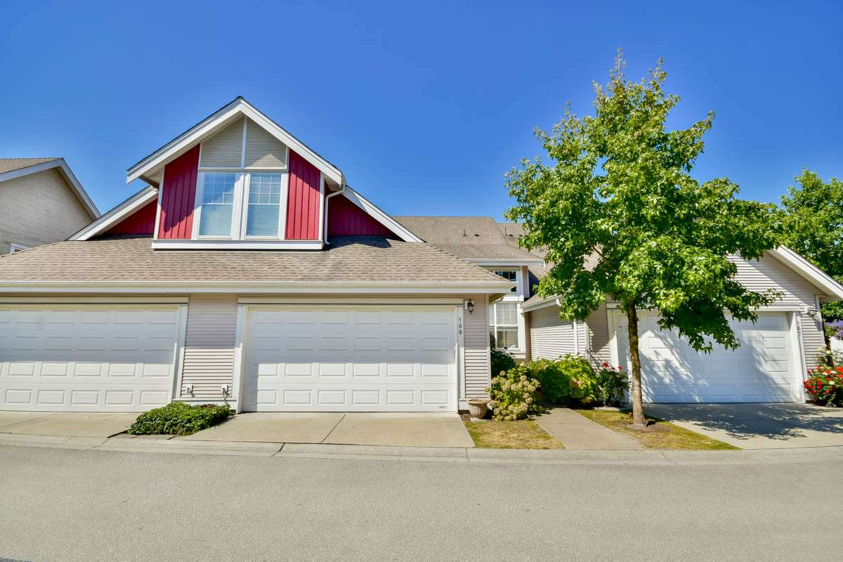 "Main Photo: 108 16995 64 Avenue in Surrey: Cloverdale BC Townhouse for sale in ""Lexington"" (Cloverdale)  : MLS® # R2101503"
