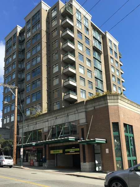 "Main Photo: 907 720 CARNARVON Street in New Westminster: Downtown NW Condo for sale in ""CARNARVON TOWERS"" : MLS® # R2105575"