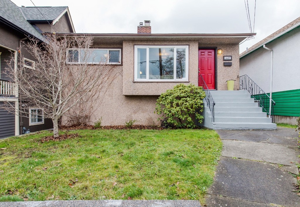 "Main Photo: 1487 E 27TH Avenue in Vancouver: Knight House for sale in ""King Edward Village"" (Vancouver East)  : MLS® # R2124951"