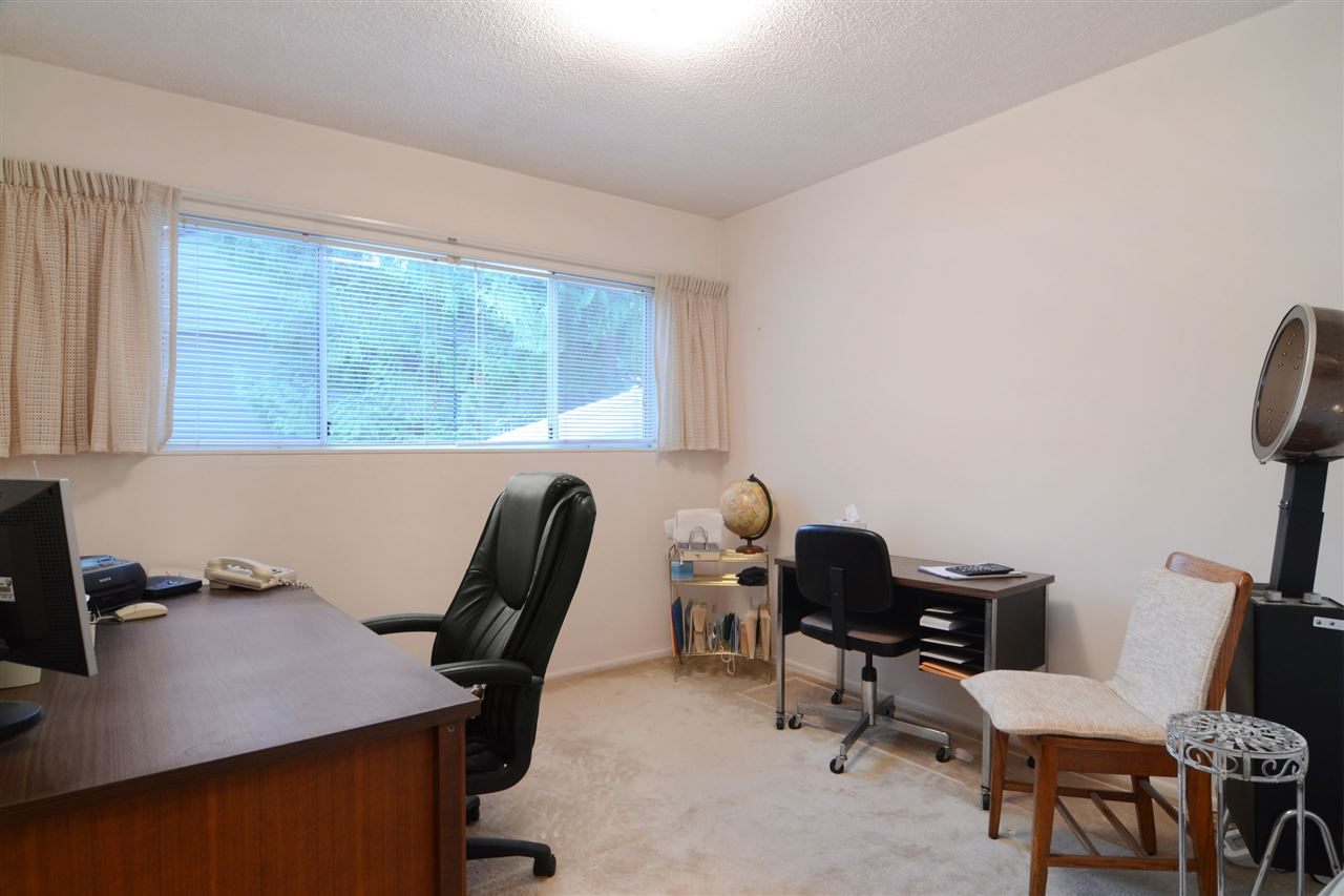 Photo 11: 3630 DELBROOK Avenue in North Vancouver: Delbrook House for sale : MLS(r) # R2135003