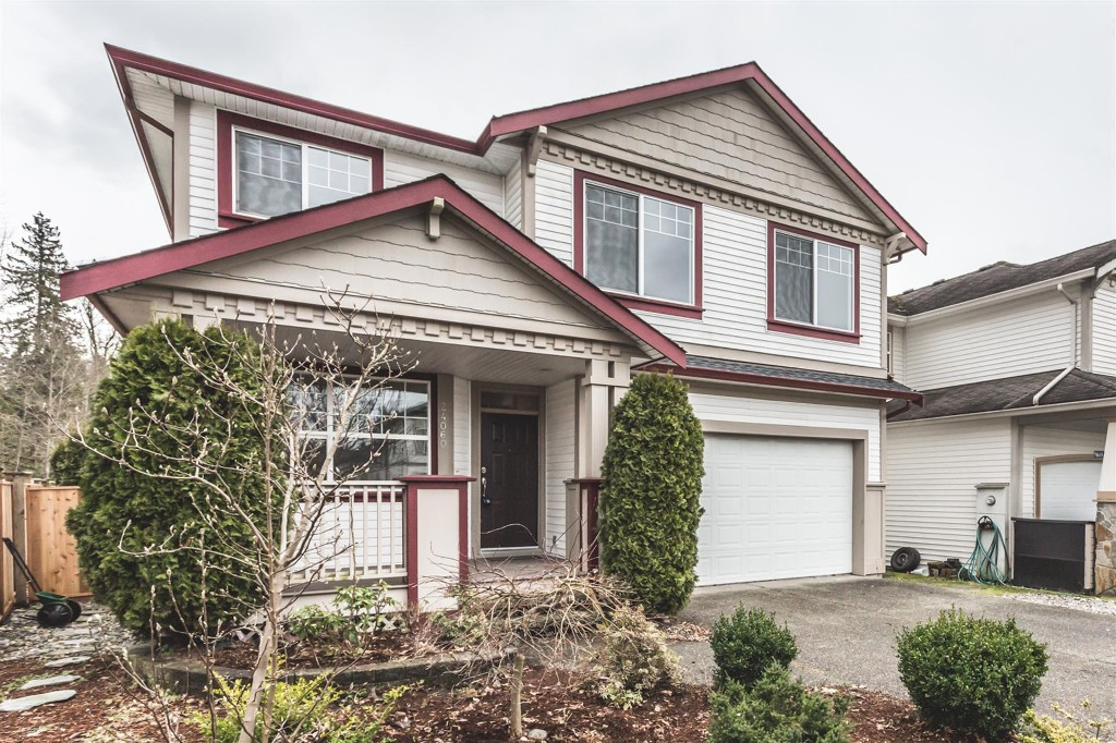 "Main Photo: 24060 HILL Avenue in Maple Ridge: Albion House for sale in ""CREEKS CROSSING"" : MLS®# R2135236"