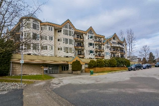 "Main Photo: 204 11595 FRASER Street in Maple Ridge: East Central Condo for sale in ""Brickwood Place"" : MLS(r) # R2138227"