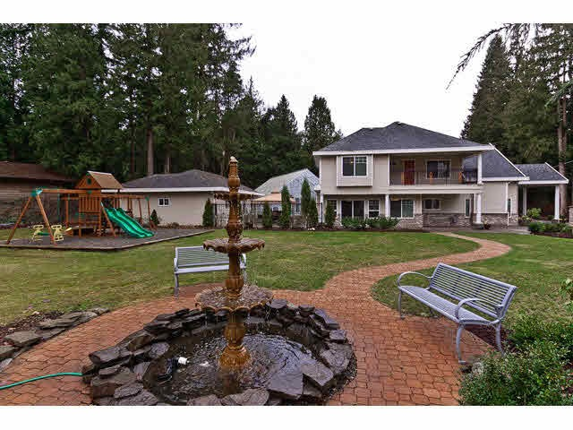 "Photo 3: 14220 CRESCENT Road in Surrey: Elgin Chantrell House for sale in ""Elgin/Crescent Rd"" (South Surrey White Rock)  : MLS® # R2148854"