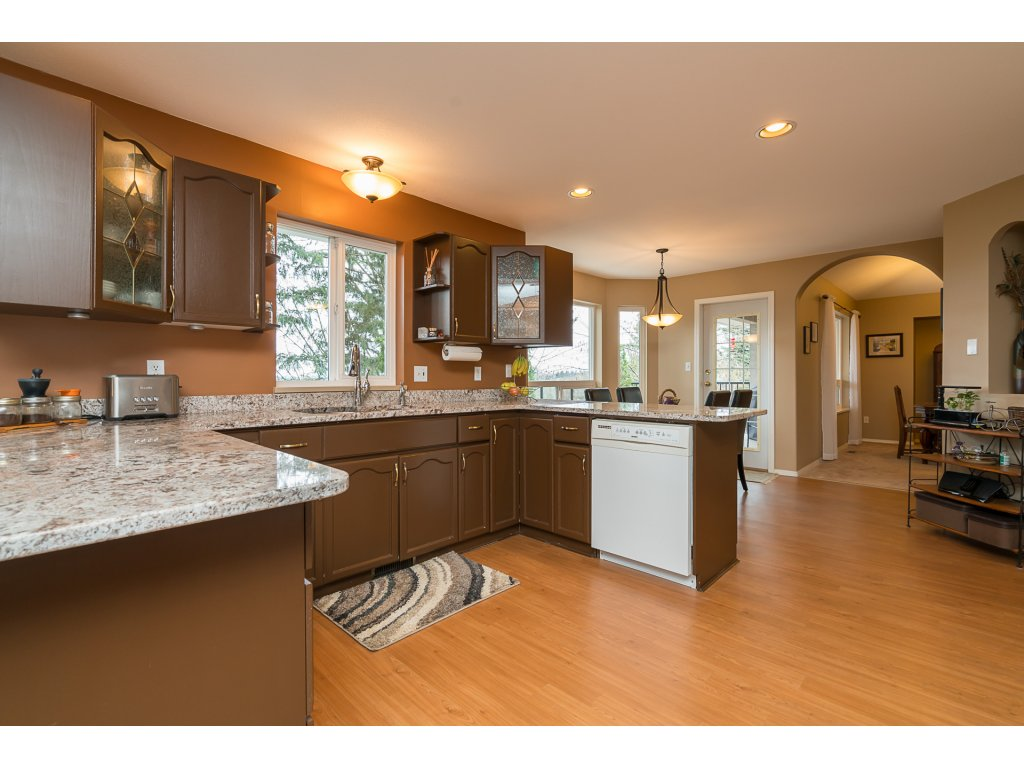 Photo 12: 35704 TIMBERLANE Drive in Abbotsford: Abbotsford East House for sale : MLS(r) # R2148897