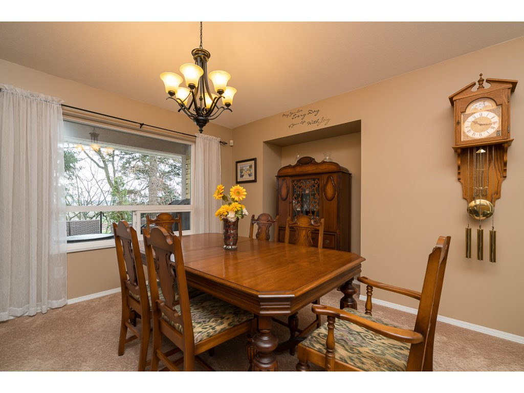 Photo 8: 35704 TIMBERLANE Drive in Abbotsford: Abbotsford East House for sale : MLS(r) # R2148897