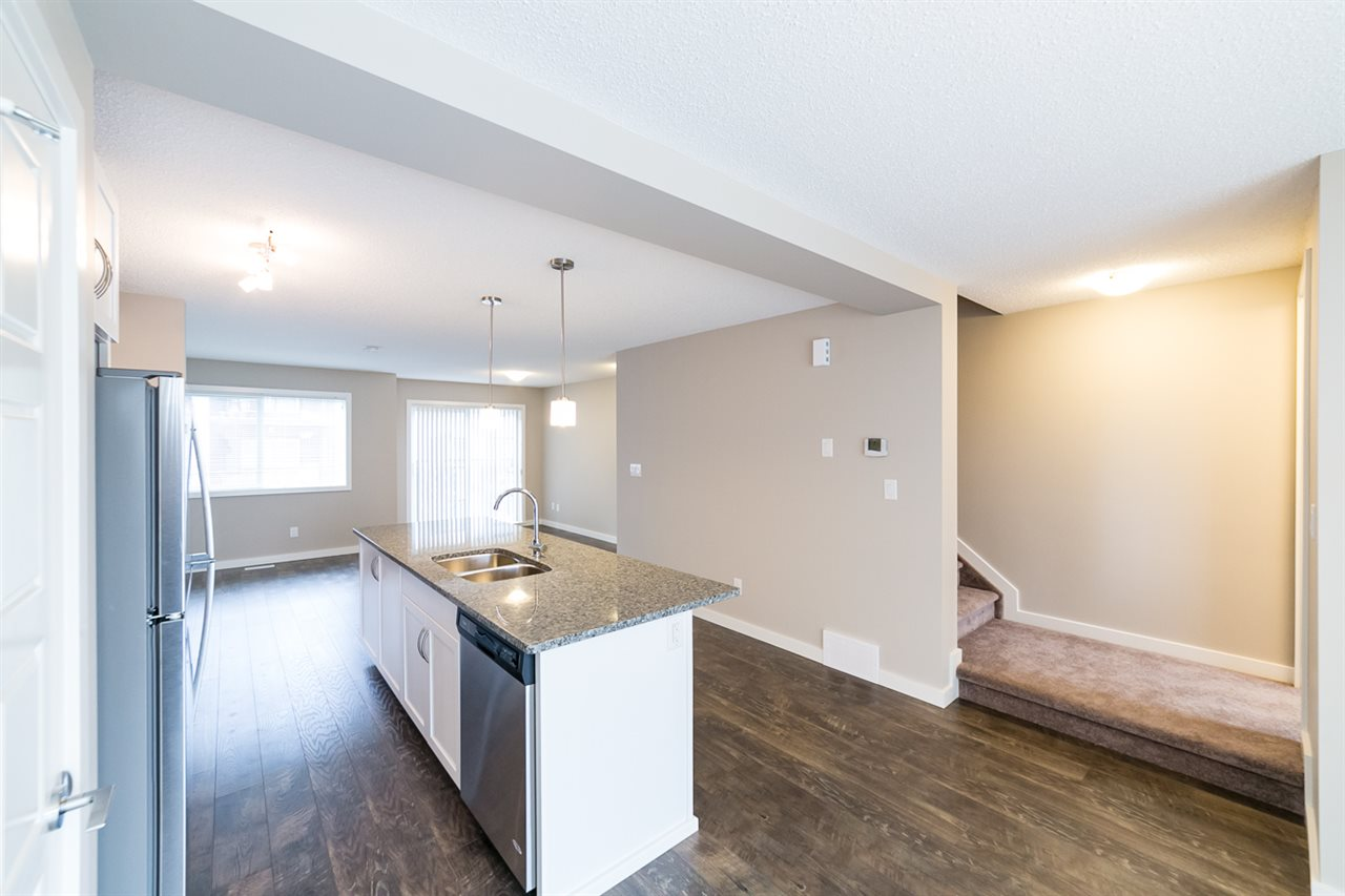 Photo 13: 3366 15A Avenue in Edmonton: Zone 30 Townhouse for sale : MLS(r) # E4071522