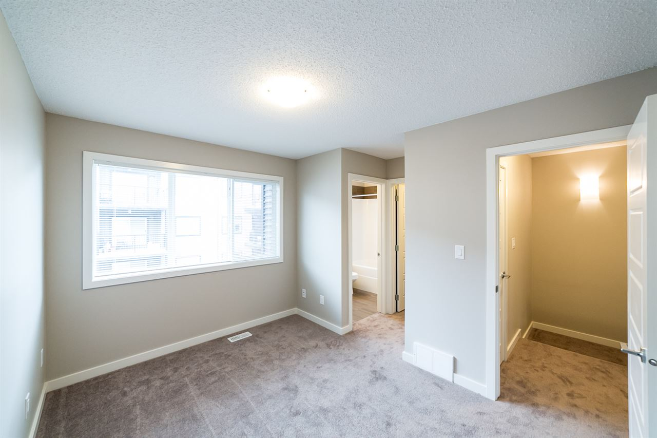 Photo 24: 3366 15A Avenue in Edmonton: Zone 30 Townhouse for sale : MLS(r) # E4071522