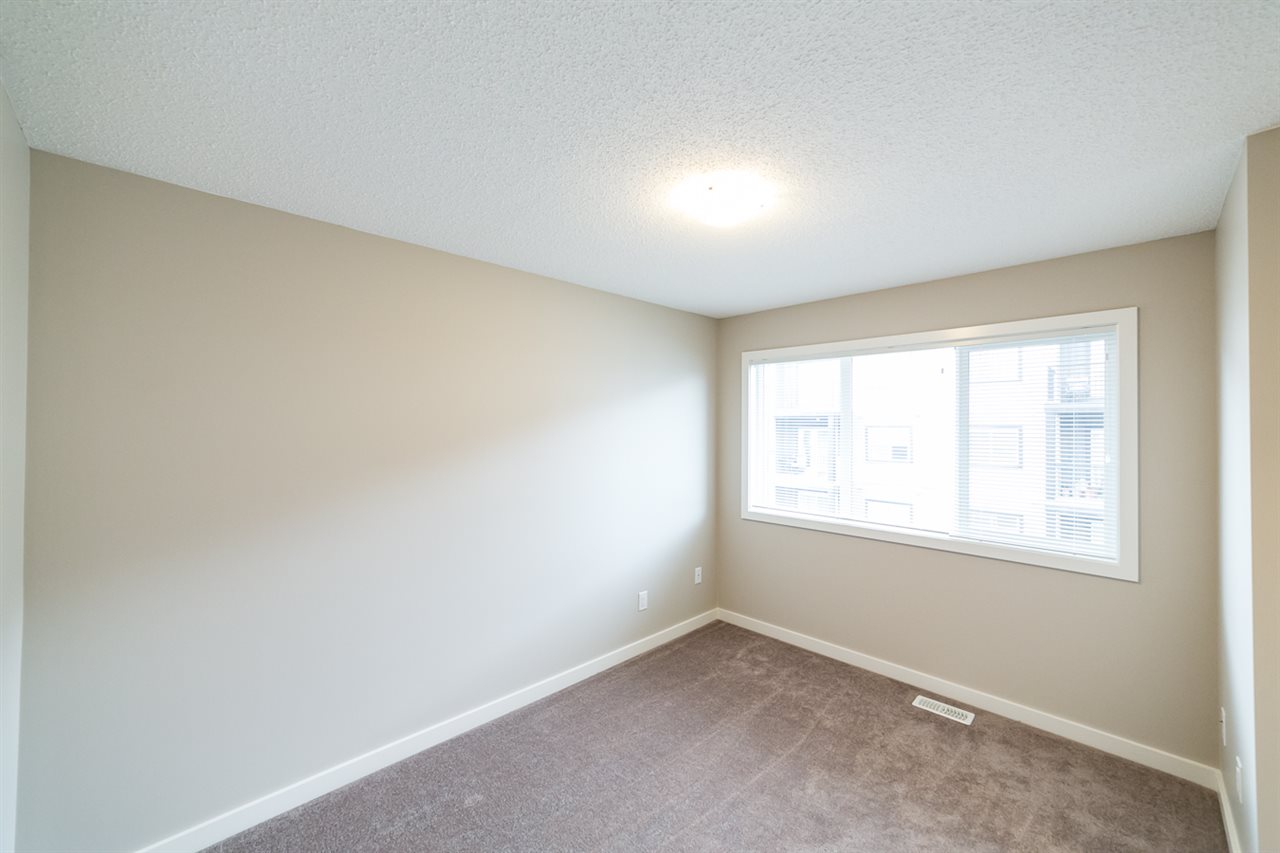 Photo 23: 3366 15A Avenue in Edmonton: Zone 30 Townhouse for sale : MLS(r) # E4071522