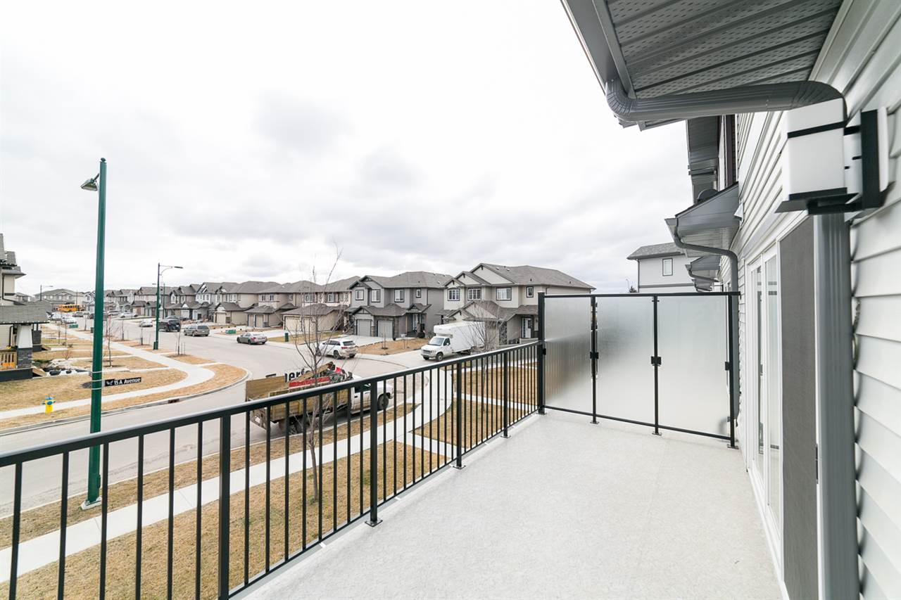 Photo 16: 3366 15A Avenue in Edmonton: Zone 30 Townhouse for sale : MLS(r) # E4071522