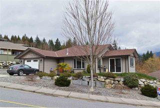 Main Photo: 5854 MEDUSA Street in Sechelt: Sechelt District House for sale (Sunshine Coast)  : MLS® # R2248469
