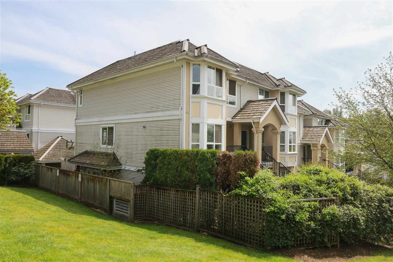 "Main Photo: 226 253 CASEY Street in Coquitlam: Maillardville Townhouse for sale in ""La Galleria"" : MLS®# R2262717"