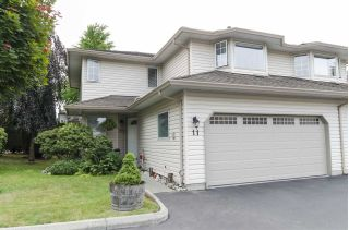 Main Photo: 11 12268 189A Street in Pitt Meadows: Central Meadows Townhouse for sale : MLS®# R2298103