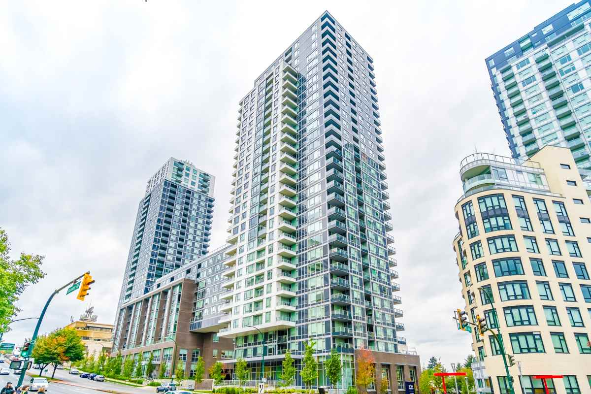 Main Photo: 1902 5515 BOUNDARY Road in Vancouver: Collingwood VE Condo for sale (Vancouver East)  : MLS®# R2313693