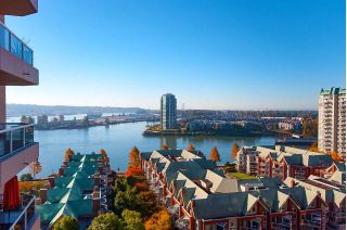 "Main Photo: 1605 1185 QUAYSIDE Drive in New Westminster: Quay Condo for sale in ""RIVIERA"" : MLS®# R2315092"