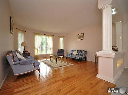 Photo 4: Photos: 131 BERG Drive in Mitchell: Residential for sale (Canada)  : MLS®# 1118687