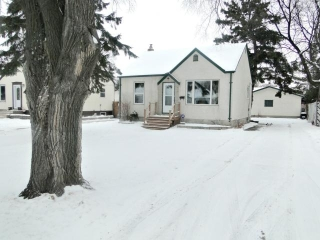Main Photo: 23 St Louis Road in WINNIPEG: St Vital Residential for sale (South East Winnipeg)  : MLS® # 1201098