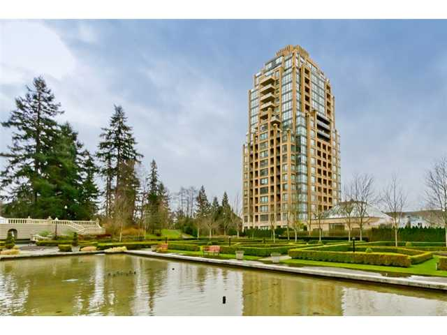 Main Photo: 408 7388 Sandborne Avenue in Burnaby: South Slope Condo for sale (Burnaby South)  : MLS® # V934964