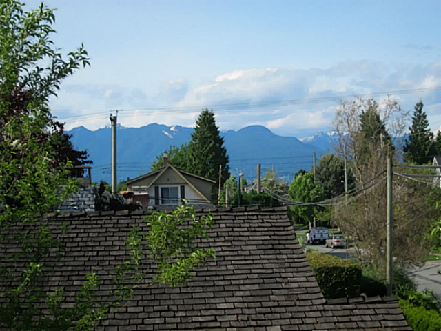 Photo 12: 4691 ST CATHERINES Street in Vancouver: Fraser VE House for sale (Vancouver East)  : MLS® # V1065824