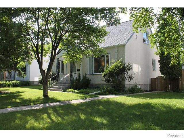 Main Photo: 547 Montague Avenue in WINNIPEG: Fort Rouge / Crescentwood / Riverview Residential for sale (South Winnipeg)  : MLS® # 1518841