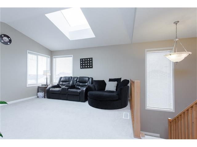 Photo 9: 303 KINCORA Heights NW in Calgary: Kincora House for sale : MLS(r) # C4056006