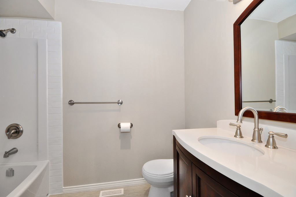 Photo 13: 3222 COMOX Court in Abbotsford: Central Abbotsford House for sale : MLS(r) # R2114867