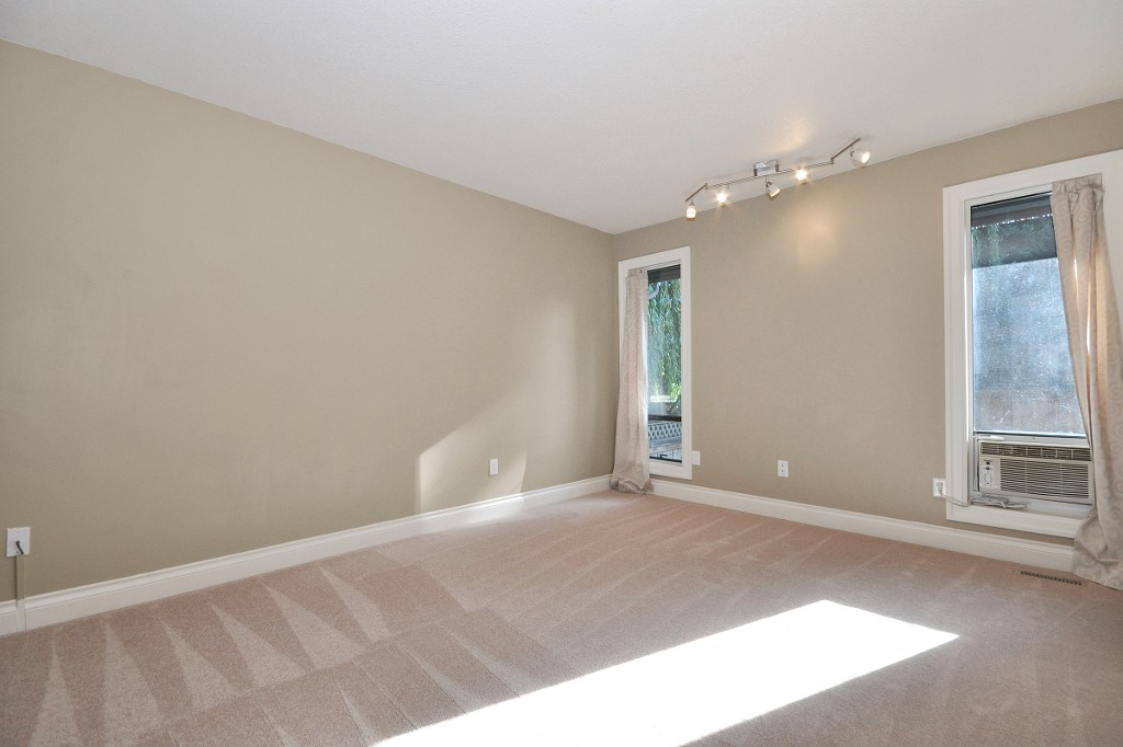 Photo 8: 3222 COMOX Court in Abbotsford: Central Abbotsford House for sale : MLS® # R2114867
