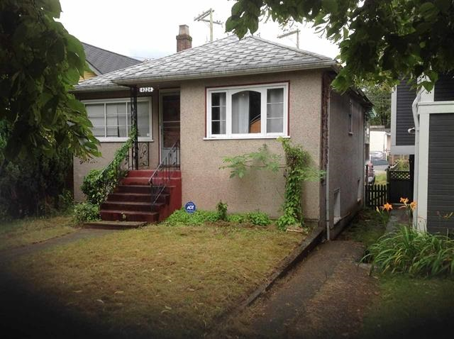 Main Photo: 4224 PERRY Street in Vancouver: Victoria VE House for sale (Vancouver East)  : MLS® # R2126305