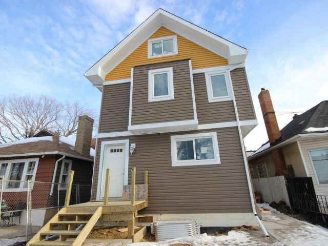 Main Photo:  in Edmonton: Zone 08 House Duplex for sale : MLS(r) # E4050183