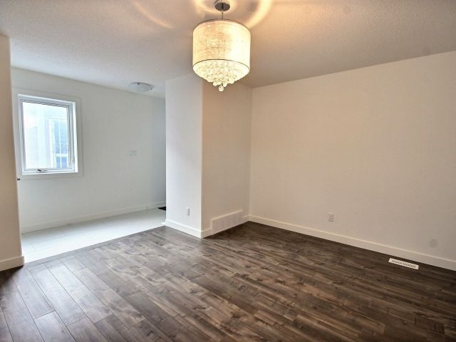 Photo 8:  in Edmonton: Zone 08 House Duplex for sale : MLS(r) # E4050183