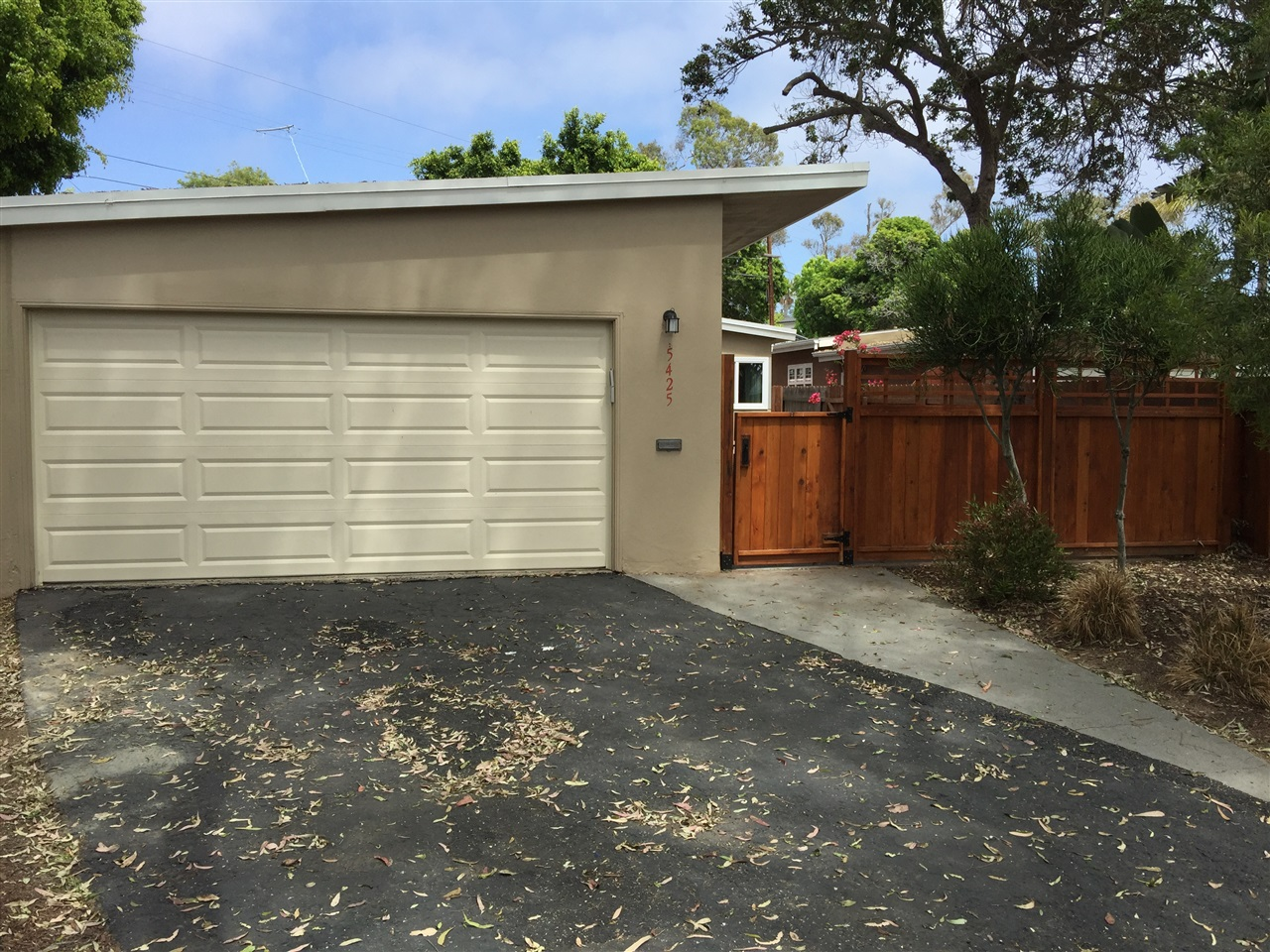 Main Photo: LA JOLLA House for rent : 3 bedrooms : 5425 Waverly Ave