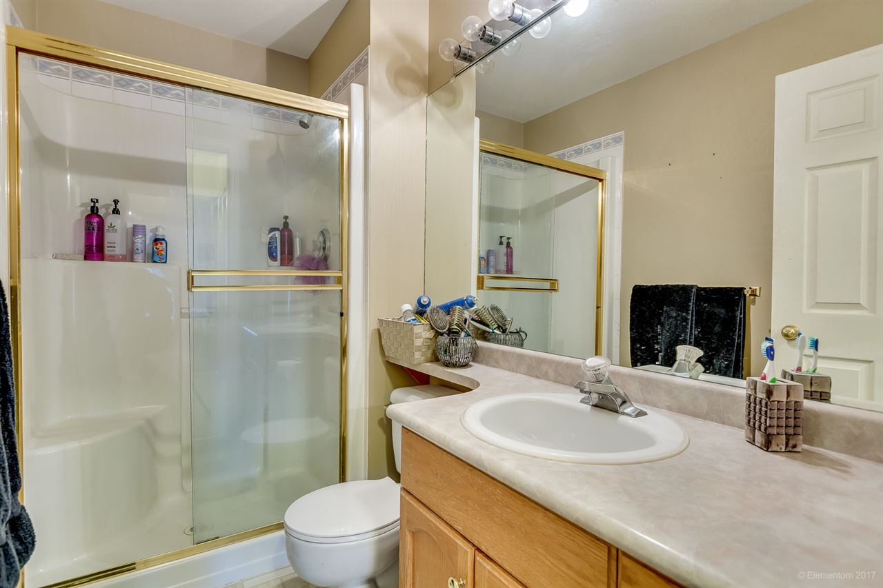 "Photo 13: 207 12464 191B Street in Pitt Meadows: Mid Meadows Condo for sale in ""LASEUR MANOR"" : MLS(r) # R2159246"