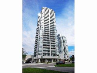 "Main Photo: 2203 570 EMERSON Street in Coquitlam: Coquitlam West Condo for sale in ""UPTOWN2"" : MLS(r) # R2169213"