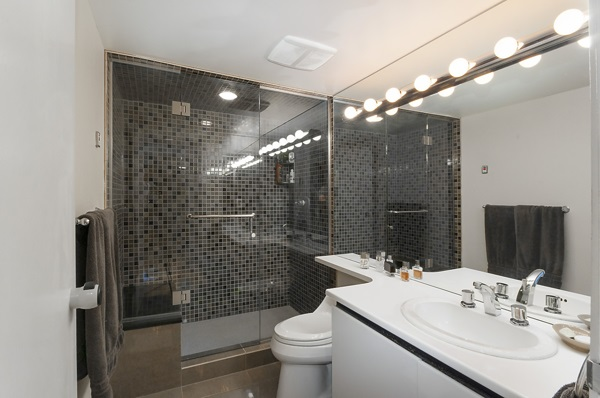 Master ensuite bath with steam shower & heated floors.