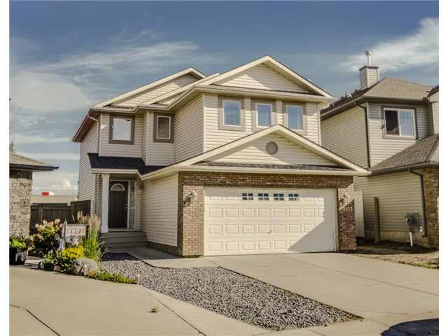 Main Photo: 8053 SHASKE Drive in Edmonton: Zone 14 House for sale : MLS® # E4068076