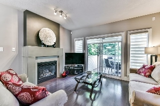 "Main Photo: 42 12411 JACK BELL Drive in Richmond: East Cambie Townhouse for sale in ""FRANCISCO VILLAGE"" : MLS(r) # R2182222"