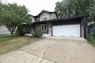 Main Photo: 10650 11 Avenue in Edmonton: Zone 16 House for sale : MLS® # E4073293