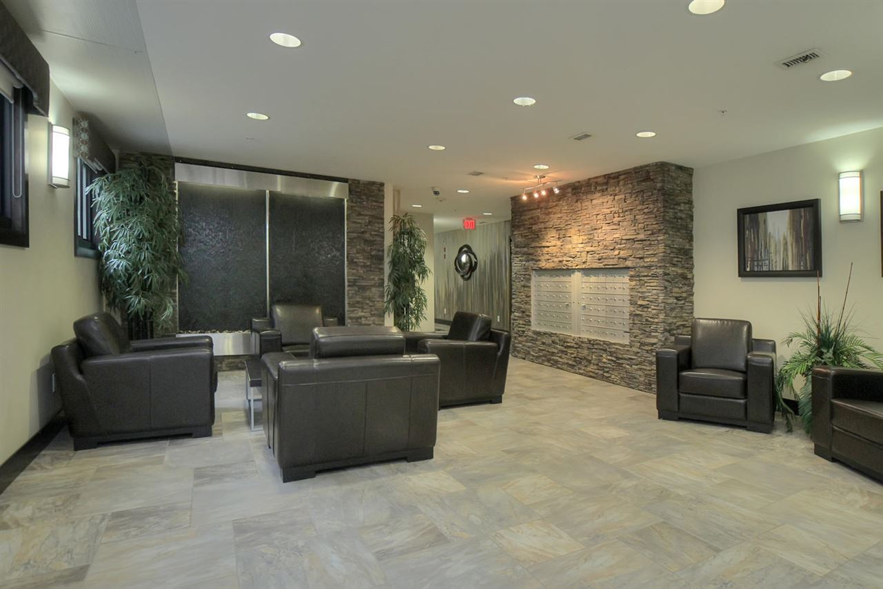 Lobby of the River Vista