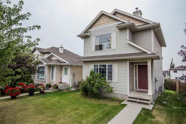 Main Photo: #28 9718 176 ST NW in Edmonton: Zone 20 House Half Duplex for sale : MLS® # E4081672