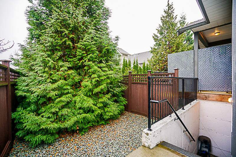 "Photo 14: Photos: 6992 196A Street in Langley: Willoughby Heights House for sale in ""CAMDEN PARK"" : MLS® # R2224003"