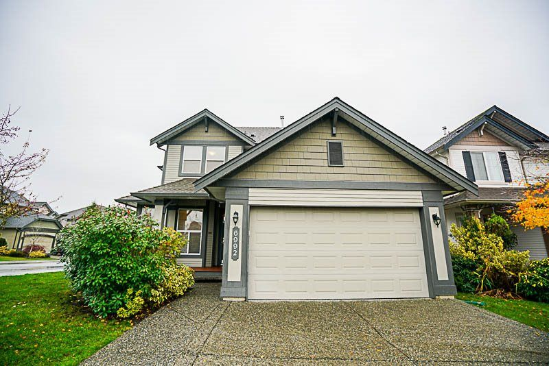 "Photo 19: Photos: 6992 196A Street in Langley: Willoughby Heights House for sale in ""CAMDEN PARK"" : MLS® # R2224003"
