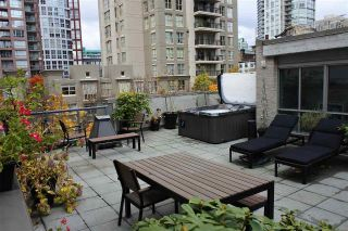 "Main Photo: 313 928 RICHARDS Street in Vancouver: Yaletown Condo for sale in ""THE SAVOY"" (Vancouver West)  : MLS® # R2224841"