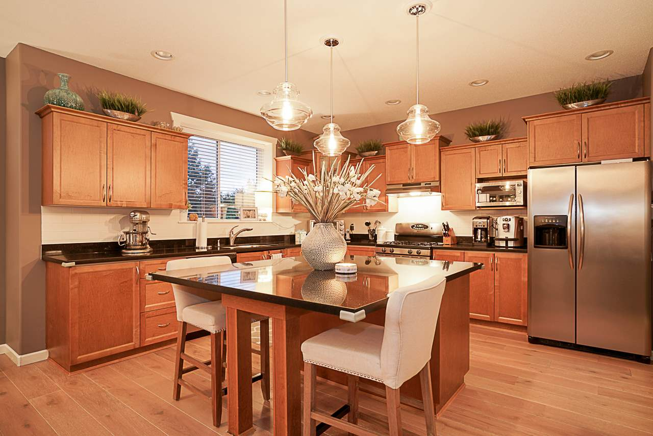 "Photo 5: Photos: 15594 113 Avenue in Surrey: Fraser Heights House for sale in ""The Vistas"" (North Surrey)  : MLS® # R2225856"