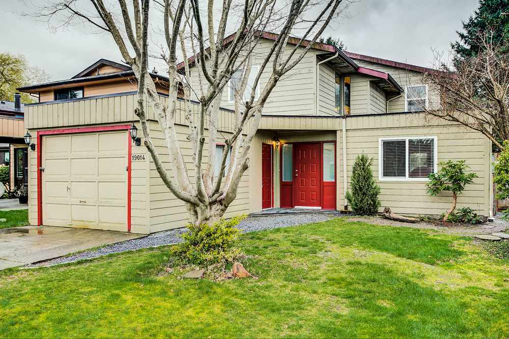 Main Photo: 19014 117A Avenue in Pitt Meadows: Central Meadows House for sale : MLS®# R2255723