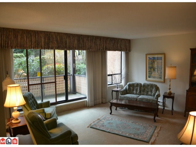 "Photo 2: 101 1460 MARTIN Street: White Rock Condo for sale in ""CAPISTRANO"" (South Surrey White Rock)  : MLS® # F1205256"