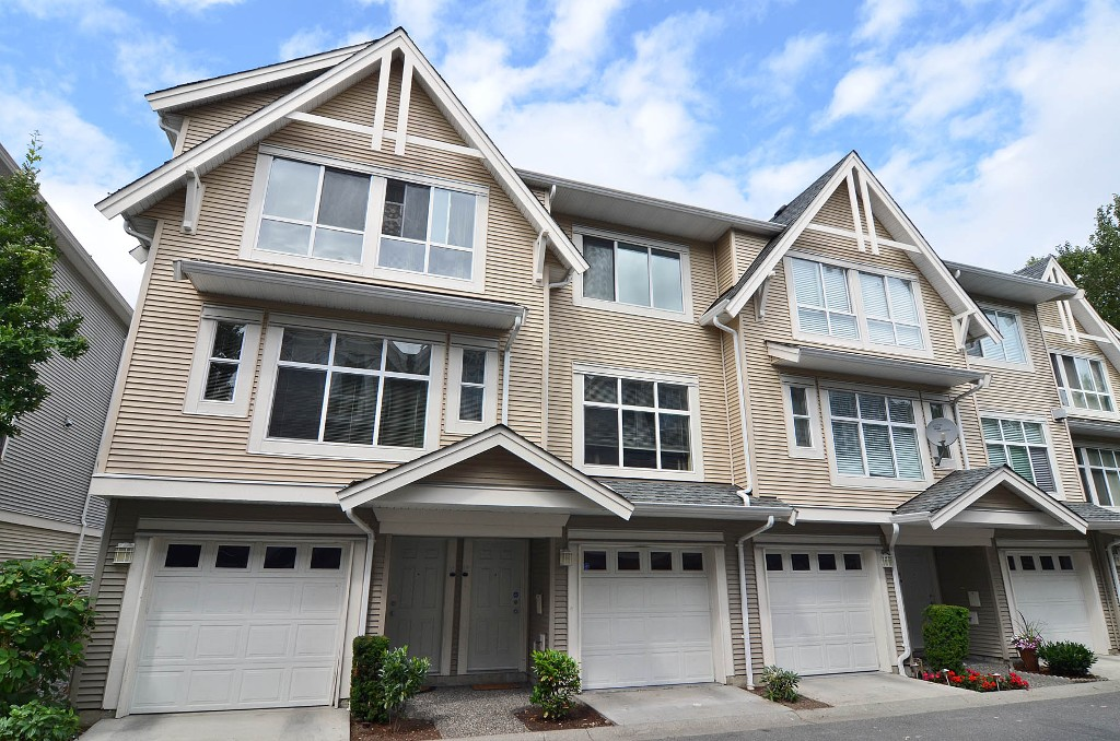 "Main Photo: 12 6450 199TH Street in Langley: Willoughby Heights Townhouse for sale in ""Logan's Landing"" : MLS® # F1218903"