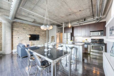 Main Photo: 32 Stewart St Unit #702 in Toronto: Waterfront Communities C1 Condo for sale (Toronto C01)  : MLS® # C2887718