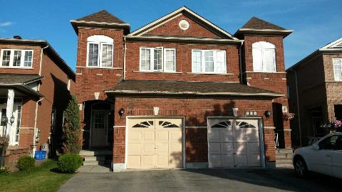 Main Photo: 812 Khan Crest in Mississauga: East Credit House (2-Storey) for lease : MLS(r) # W2954772