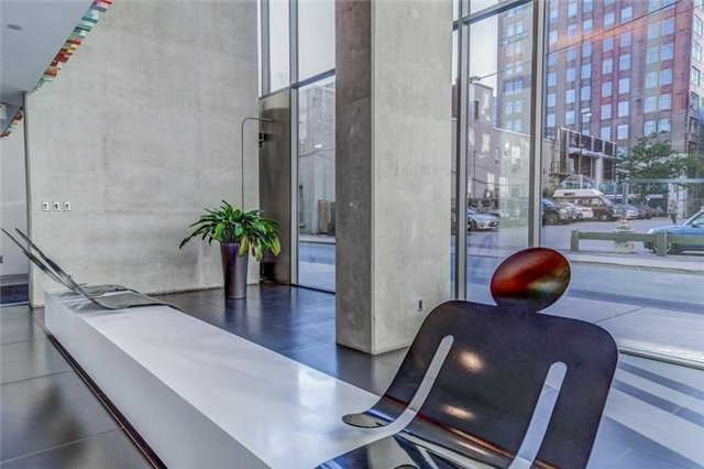 Photo 15: 25 Oxley St Unit #1205 in Toronto: Waterfront Communities C1 Condo for sale (Toronto C01)  : MLS(r) # C3574542