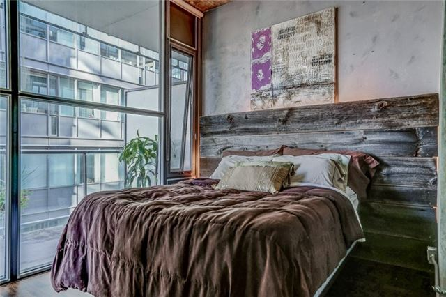 Photo 9: 25 Oxley St Unit #1205 in Toronto: Waterfront Communities C1 Condo for sale (Toronto C01)  : MLS(r) # C3574542