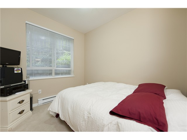 Photo 6: 108 2951 SILVER SPRINGS Boulevard in Coquitlam: Westwood Plateau Condo for sale : MLS(r) # V945866